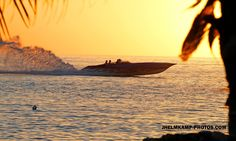 Florida Powerboat club - Fountain at Sunset