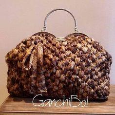 "Bolso de trapillo ""Ganchibol"" creado por Antonia Lozano Muñoz"