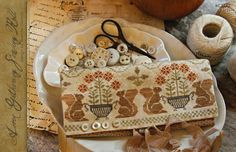 It is market weekend and the following charts are making their debut there.   I am happy to share my new Autumn and Holiday cross stitch ...