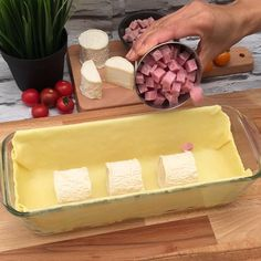 Recipe picture and drinks pictures La terrine de chèvre I Love Food, Good Food, Yummy Food, Finger Foods, Appetizer Recipes, Food Videos, Tapas, Cake Recipes, Brunch