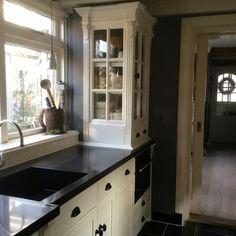 Home Kitchens, Kitchen Cabinets, Home Decor, Decoration Home, Room Decor, Cabinets, Kitchen, Home Interior Design