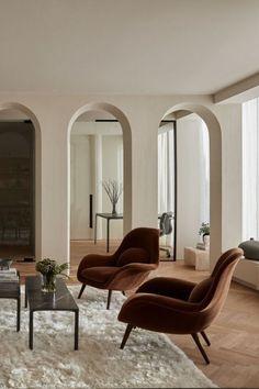 Ikea Interior, Interior Design Living Room, Interior Decorating, Arch Interior, Simple House Interior Design, Italian Interior Design, Small Space Interior Design, Decorating Ideas, Brown Interior