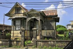 trinidad caribbean port-of-spain street view old house trinidad-and-tobago architecture housing
