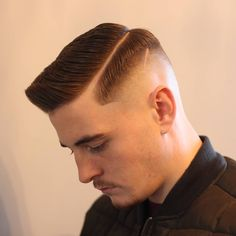creating hard, sharp & clean look for British Master Barbers, is the largest growing network of Barbers in the UK. Popular Haircuts, Cool Haircuts, Haircuts For Men, Undercut Men, Undercut Hairstyles, Bald Spot Treatment, Short Hair Cuts, Short Hair Styles, Mens Hairstyles 2018