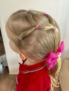Day 16 style: split elastics into low ponytail