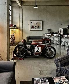 "thechicane: "" utwo: "" Honda Racer © El Diablo "" I like an apartment with some artwork on display. "" thechicane: "" utwo: "" Honda Racer © El Diablo "" I like an apartment with some artwork on display. Vintage Cafe Racer, Motos Vintage, Vintage Bikes, Cafe Bike, Cafe Racer Bikes, Cafe Racer Moderne, Carros Lamborghini, Garage Bike, Cafe Racing"