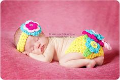 Hey, I found this really awesome Etsy listing at https://www.etsy.com/listing/151262299/newborn-baby-flower-headband-and-diaper