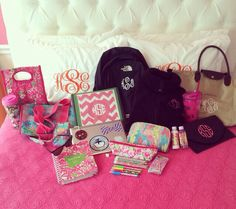 All this cute stuff makes me want to go back to college lol. :)
