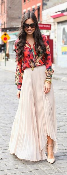 Printed Long sleeve blouse + Pastel Pleated Maxi Skirt