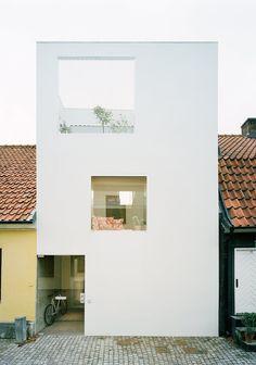 Elding Oscarson | Townhouse | Landskrona, Sweden | 2009 | http://www.eldingoscarson.com