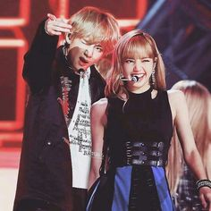 Jimin Jungkook, Taehyung, Bts Girlfriends, Taekook, Blackpink Memes, Kpop Couples, Black Pink Kpop, Blackpink And Bts, Ulzzang Couple