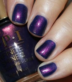 Turn on the Northern Lights! is a deep inky blue/purple with heavy red/pink lit-from-within shimmer. Opi Nail Colors, Pretty Nail Colors, Pretty Nails, Bling Nail Art, Bling Nails, Cat Claw Nails, Nails News, No Chip Manicure, Nagel Bling
