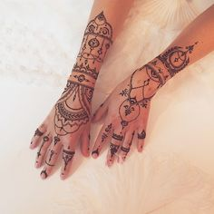 """Bridal #mehndi for @julia_nos #henna #veronicalilu"""