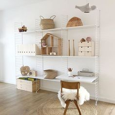 How beautiful is this neutral child's space by 👈🏻 Good night ✨. - My Home Decor Childrens Bedroom Furniture, Childrens Room Decor, Kids Furniture, String Regal, Minimalist Kids, Kids Room Design, Scandinavian Home, Boy Room, Girls Bedroom