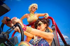 Grits & Glamour is a new duo consisting of two country music legends: Lorrie Morgan and Pam Tillis!