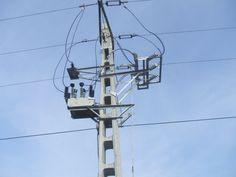 racordare electrica retea Utility Pole