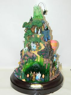 We're Off To See The Wizard Of Oz Sculpture: THE BRADFORD EXCHANGE New in Box