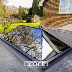 The only truly frameless and thermally broken roof lantern. Perfect for a flat roof single storey rear extension. Bungalow Extensions, House Extensions, Contemporary Front Doors, Modern Contemporary, Roof Skylight, Skylights, Flat Roof Lights, Orangery Extension, Single Storey Extension