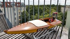 Blue Streak boat from 1953 with 5 cylinder cross radial 4 stroke outboard. 1:5,2, build by Martin Lüdecke