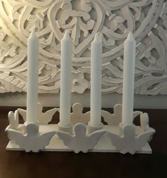 Adventsljusstake Christmas Clay, Christmas Crafts, Christmas Decorations, Diy Clay, Clay Crafts, Clay Candle Holders, Pottery Angels, Beginner Pottery, Advent Wreath