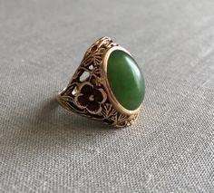 Antique Vintage Green Jade Ornate Flower Shoulder by AuburnHaus