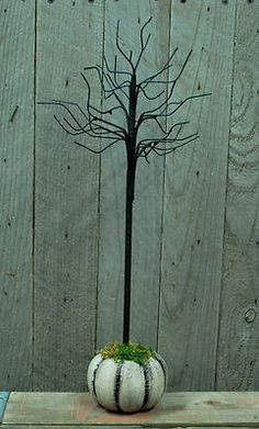 "19"" Ornament Tree in White Pumpkin Base -  Primitive Halloween - Fall Harvest"