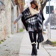 Nina @ www.helloshopping.de - Fraas Cape, Stefanel Dress, Asos Fur Loop, Balenciaga Bag, Ricardo Cartillone Boots - #Call It Cape or Poncho!?