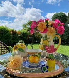 Turkish Coffee, Espresso Cups, Tea Time, Tea Party, Table Decorations, Rainbow, Cake Flowers, Painting, Instagram