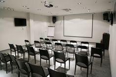 Sala z przeznaczeniem do przeprowadzania szkoleń oraz konferencji w Krakowie #sale #saleszkoleniowe #salekrakow #salaszkoleniowa #szkolenia #salakrakow #szkoleniowe #sala #szkoleniowa #wynajem #sal #sali #krakow #do #wynajęcia