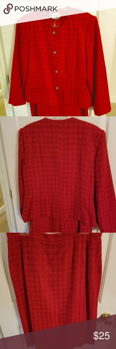 """CLASSY WOMEN'S RED SUIT 2 pc skirt suit in boucle type fabric. Jacket buttons are a little dull but can be easily replaced to dress it up even more, faux pockets.  Skirt with back vent is 29"""" long. JOAN LESLIE Dresses"""