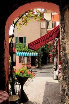 Street view in Gandria, Ticino Canton, Switzerland  (by gianluca zanaboni)