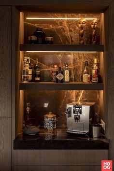 Home Bar Rooms, Diy Home Bar, Home Bar Decor, Bars For Home, Mini Bar At Home, Modern Home Bar Designs, Modern Bar, Modern Kitchen Design, Home Bar Counter