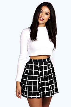 Arianna Check Textured Box Pleat Skater Skirt - Skirts - Street Style, Fashion Looks And Outfit Ideas For Spring And Summer 2017 Pleated Tennis Skirt, Black Skater Skirts, Mini Skirts, Black Skater Skirt Outfit, Circle Skirts, Pencil Skirts, Black Maxi, Fall Fashion Outfits, Autumn Fashion