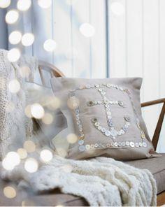 anchor button pillow
