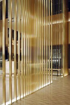 ANA Crowne Plaza Osaka - possible screen options Lobby Interior, Interior Walls, Interior Design, Detail Architecture, Interior Architecture, Metal Screen, Glass Screen, Lobby Design, Hotel Interiors