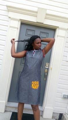 Nice casual jean dress. Kanyget fashions+ African Shirts For Men, African Dresses For Women, African Print Dresses, African Print Fashion, African Attire, African Wear, African Fashion Dresses, African Women, Full Figure Outfits