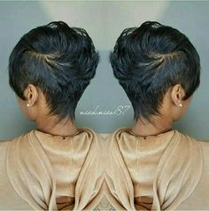 Look Mohawk mignon - short hair - Cheveux Short Sassy Hair, Short Hair Cuts, Short Hair Styles, Natural Hair Styles, Pixie Cuts, Short Relaxed Hair, Love Hair, Great Hair, Gorgeous Hair