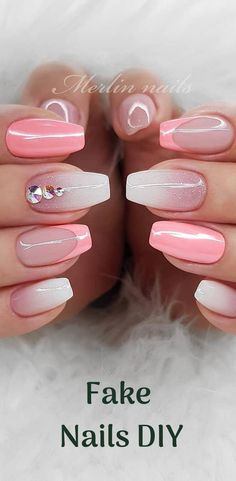 Nails Diy Fake Nails Diy manicure undoubtedly is considered as the universal one. Using the various designs and techniques you can create Awesome Look With Nails Picture Credit Nails Diy manicure undoubtedly is considered as the universal one. Diy Nails, Swag Nails, Cute Nails, Pretty Nails, Ambre Nails, Nailart, Classic Nails, Best Acrylic Nails, Funky Nails