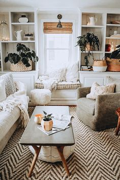 - A mix of mid-century modern, bohemian, and industrial interior style. Home and. - – A mix of mid-century modern, bohemian, and industrial interior style. Home and… – A mix o - Casual Living Rooms, Cozy Living Rooms, Living Room Interior, Home Living Room, Living Room Designs, Living Area, Modern Living, Windows In Living Room, Living Room With Rug