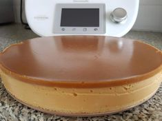 Recipe Jersey Caramel Cheesecake by learn to make this recipe easily in your kitchen machine and discover other Thermomix recipes in Desserts & sweets. Thermomix Cheesecake, Thermomix Desserts, Sweets Recipes, Cake Recipes, Grilled Chicken Salad, Caramel Cheesecake, Sweets Cake, Quick Bread, Cheesecakes