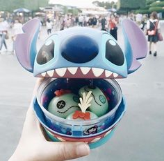 child, disney, and disney world image Comida Disneyland, Best Disneyland Food, Tokyo Disneyland, Comida Disney World, Disney World Food, Disney Desserts, Disney Snacks, Disney Recipes, Disney Day