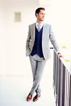 Grey groom's suit: http://www.stylemepretty.com/destination-weddings/2014/10/14/destination-wedding-in-tunisia/ | Photography: Emm & Clau - http://emmandclau.com/