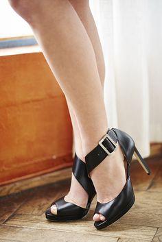 Ravelry: Gyda pattern by Linda Marveng. Shoes by Monica Stålvang.
