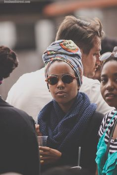 Headwrap AND a scarf: like the combo.  i need more head wraps.  And scarves.