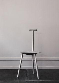 Faye Toogood  Spade chair - aluminum