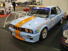 BMW 325i Racing
