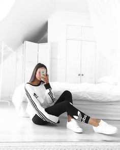 Adidas Women Shoes adidas, outfit, and style image - We reveal the news in sneakers for spring summer 2017 Tumblr Outfits, Mode Outfits, Sport Outfits, Winter Outfits, Casual Outfits, Hiking Outfits, Gym Outfits, Workout Outfits, Fashionable Outfits