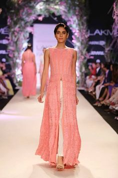 Lakme Summer Resort 2014 Manish Malhotra pink high slit suit with white pants