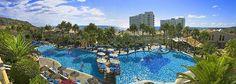 Royal Son Bou Family Club elegido uno de los 25 mejores hoteles familiares del mundo!!! Best Vacation Spots, Best Vacations, Menorca, Hotel Familiar, Hotels For Kids, Balearic Islands, Family Holiday, Hotel Reviews, Best Hotels