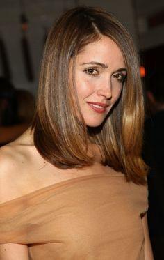 taglio di capelli medio